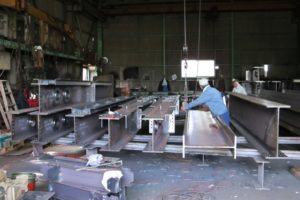 鉄骨工場の技術と品質を支える5つのグレードについて