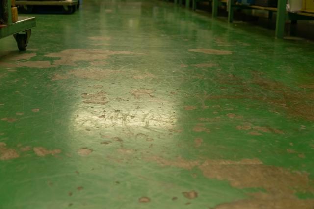 工場の床材の種類4つ!床にこだわるべき理由も解説します