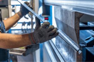 工場の機械トラブルの予防策と発生したときの対応方法